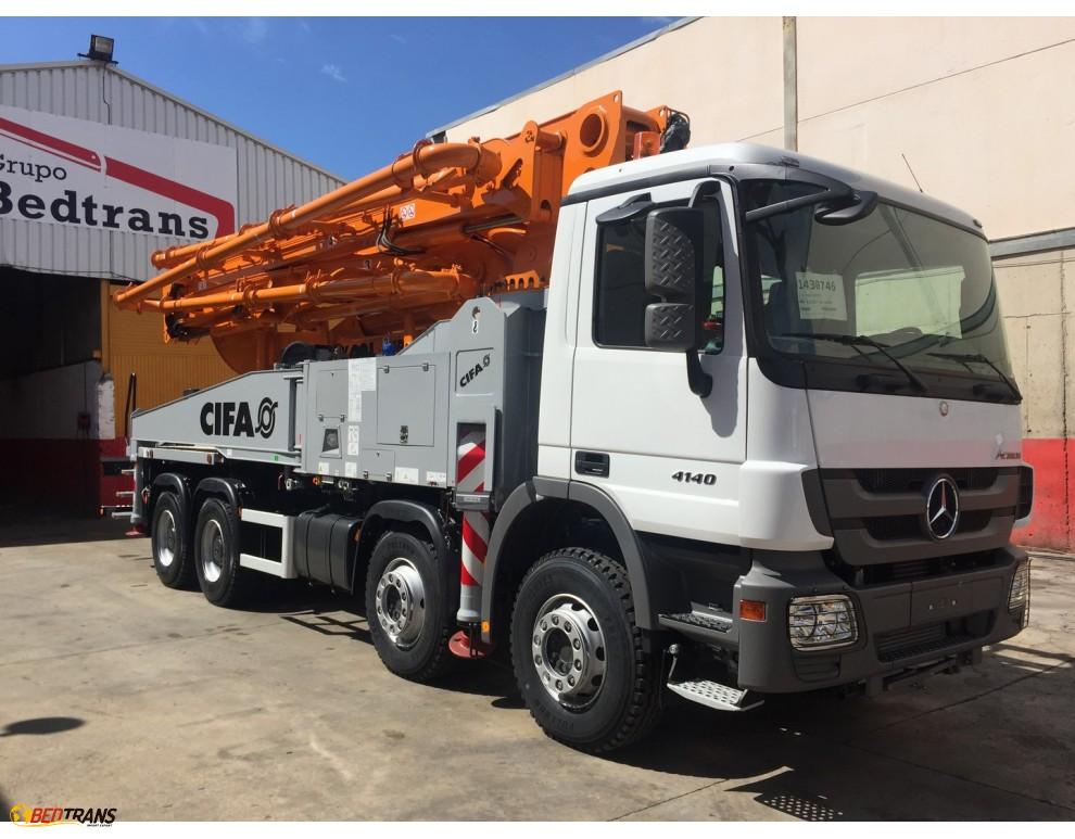 nouveau boom camion pompe b ton de 42 m tres cifa mercedes actros camion espagne spain trucks. Black Bedroom Furniture Sets. Home Design Ideas
